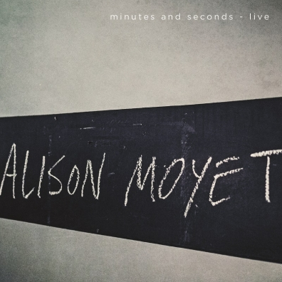 Review: Alison Moyet – minutes and seconds – Live