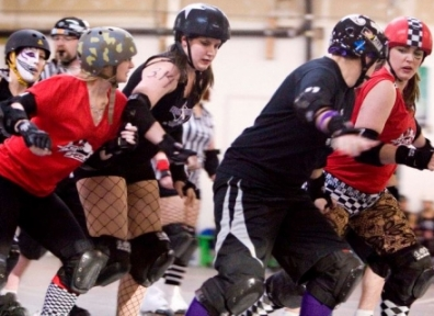 WRD Skater Smackdown: Black Diamond Divas vs. Hot Wheelers 03.10