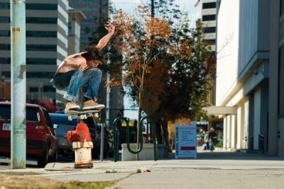 Pup try�n to get a come up. Ollie, Willy Nevins.