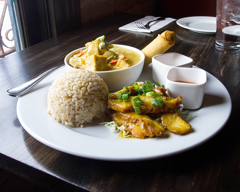 Skewered Thai: A Nice, New Old Place