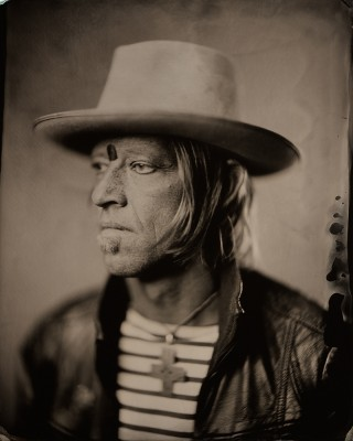 David Eugene Edwards will front Wovenhand singing through a mysterious rummage-sale microphone at The Garage on Beck on Nov. 22.