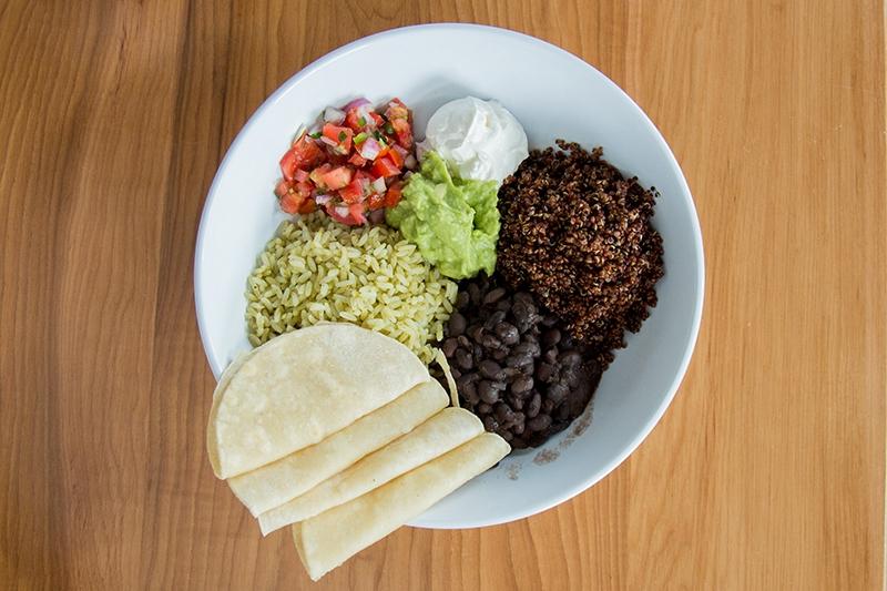 Food Review: Luna Blanca Taqueria