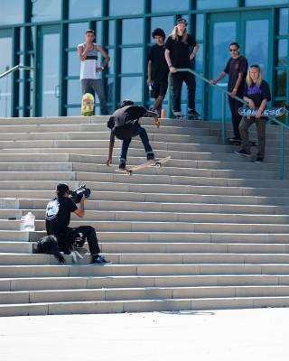 Deng Tear – Backside 360 Maverik Center 10-stair. Photo: Niels Jensen