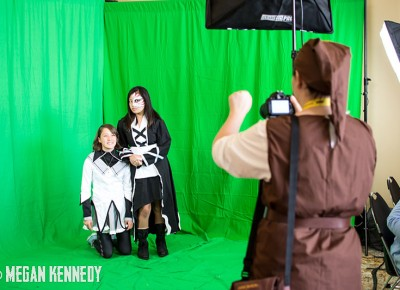 Fans lined up to get their chance at the green screen photo booth. Copyright Megan Kennedy // abuseofreason.com