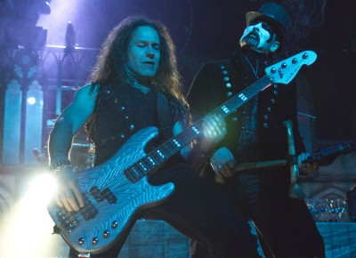 (L–R) Egberg stands beside King Diamond during a guitar solo. Photo by Madi Smith.