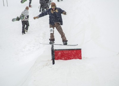 Alex Smith, Open Men's Snowboard, nose press. Photo: Cezaryna Dzawala