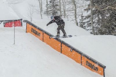 Kyle Harmon, Open Men's Snowboard, frontside boardslide. Photo: Cezaryna Dzawala