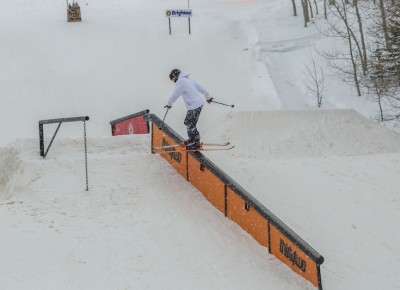 Jake Lewis, Open Men's Ski, backside boardslide. Photo: Cezaryna Dzawala