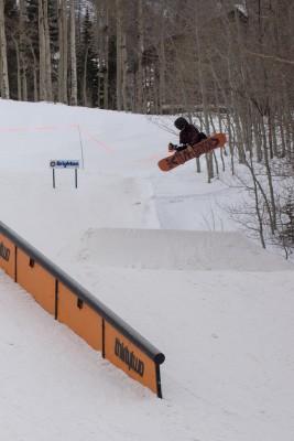 Keb Heasley, 17 & Under Men's Snowboard, 1st Place. Frontside 360. Photo: Chris Kiernan
