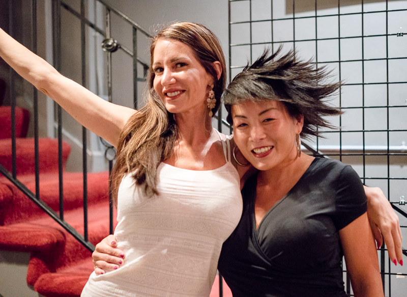 Janelle Miconi and Jill Yamashita spent some fun time together before the set began. Photo: JoSavagePhotography.com