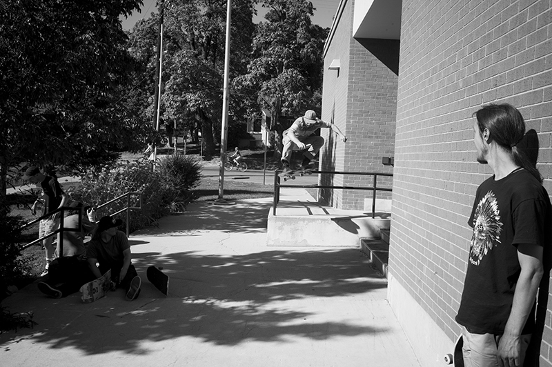 Isaiah Beh. Ollie just for fun. Photo: Sam Milianta
