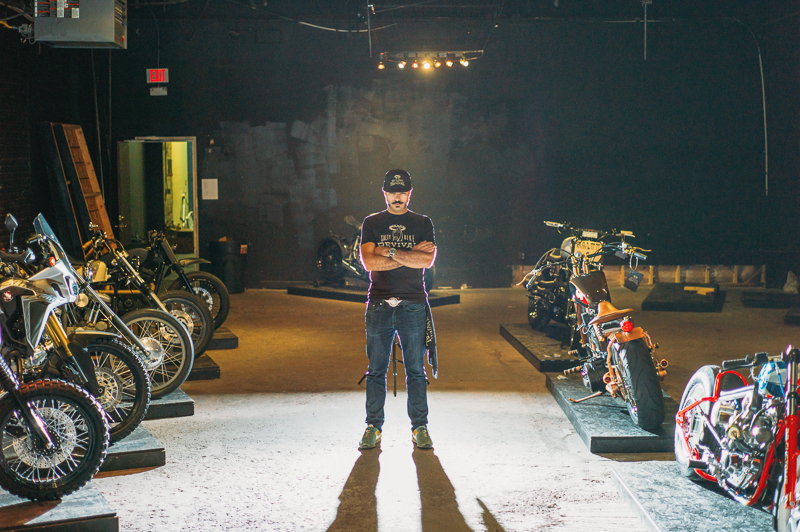 Salty Bike Revival co-founder Juan Coles of Loco Lobo poses in the invited builder room. Photo: @clancycoop