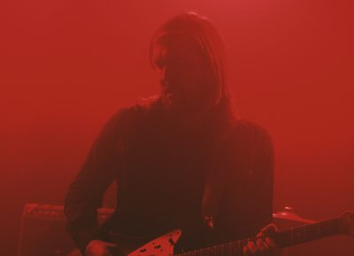 Russell Marsden, guitarist for Band of Skulls, plays the opening notes from the mist. Photo: Logan Sorenson @Lmsorenson