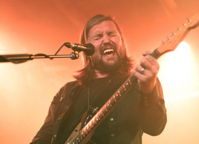 "Russell Marsden singing in the middle of ""I Know What I Am,"" a fan favorite from Band of Skulls. Photo: Logan Sorenson @Lmsorenson"
