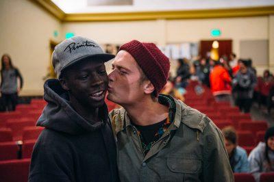 (R–L) Sam Hubble gives Deng Tear (of Team Flatspotter) a little love. Photo: Niels Jensen