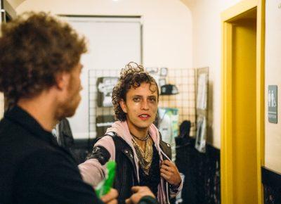 (R–L) Joey Sandoval (Team Glitter) and Levi Faust. Photo: Niels Jensen