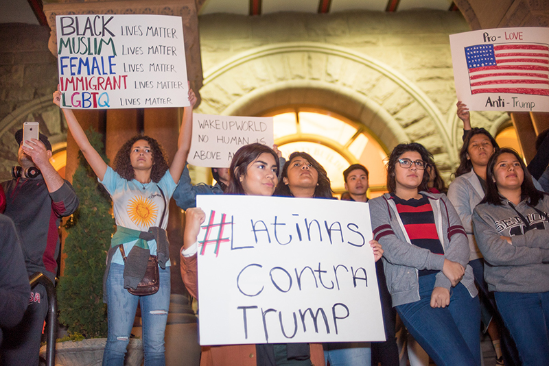 #LatinasContraTrump. Photos: Dave Brewer & Gabe Mejia // Photo Collective Studios