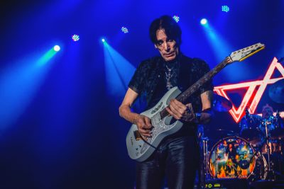 Steve Vai and his production crew really knew how to set the mood for every person in that crowd on Saturday night. Photo: Talyn Sherer