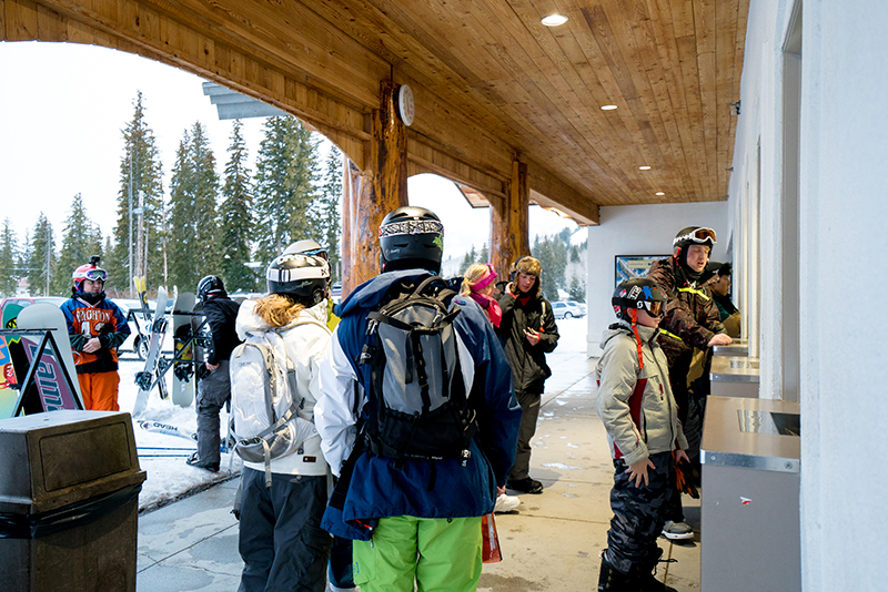 Enthusiastic guests gathered around the ticket booth to purchase their first night riding tickets of the season. Photo: Jo Savage // @SavageDangerWolf