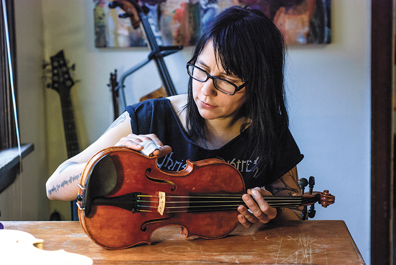 Melissa Collins: The Life of a Luthier