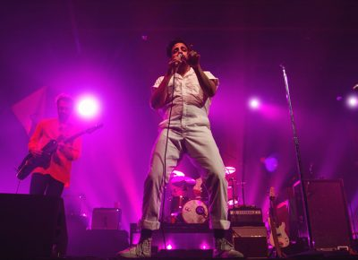 Sameer Gadhia of Young the Giant looks right at the camera and sings just for me. Photo: Talyn Sherer.