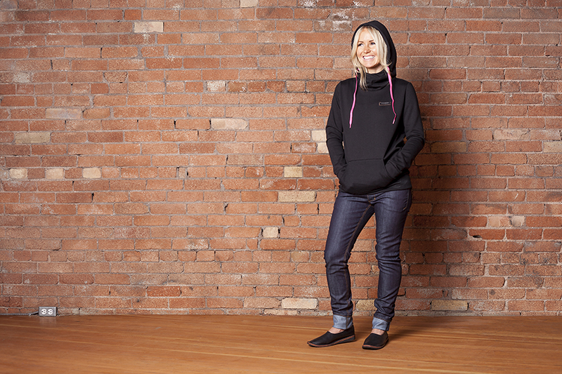 Photo: Jessica Bundy @jessicabundyphoto | Model and HMUA: Kristina Olsen @krissykiss | Location: Studio MG