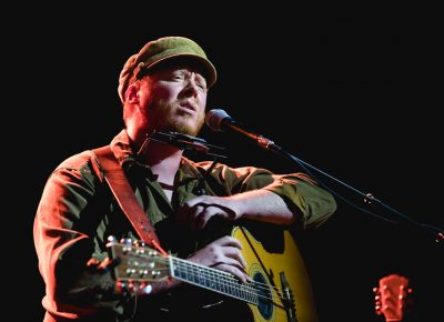 Dublin native Dylan Walshe starts his set with a few smooth vocal ballads. Photo: Lmsorenson.net