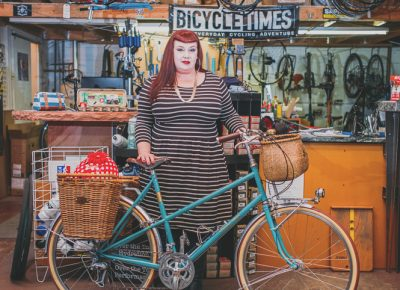 Tisha's bike, Betty, was built to her specification by Saturday Cycles. It is adorned with many personal touches. Photo: @clancycoop