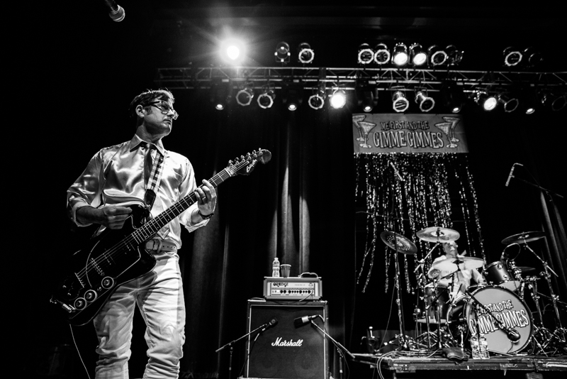 Joey Cape on guitar for Me First and the Gimme Gimmes. Photo: Gilbert Cisneros