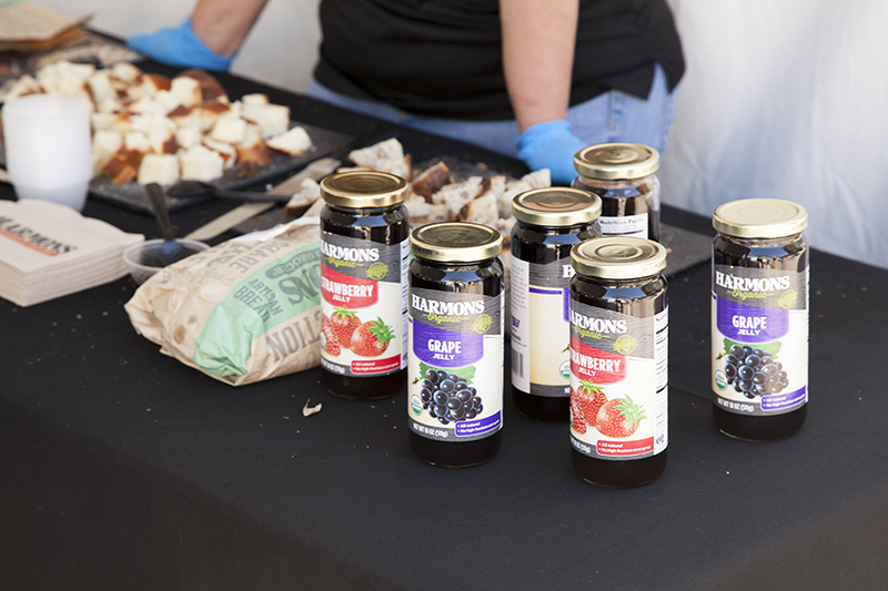 Harmons displays their own jelly alongside their bread for sampling. Photo: @jbunds