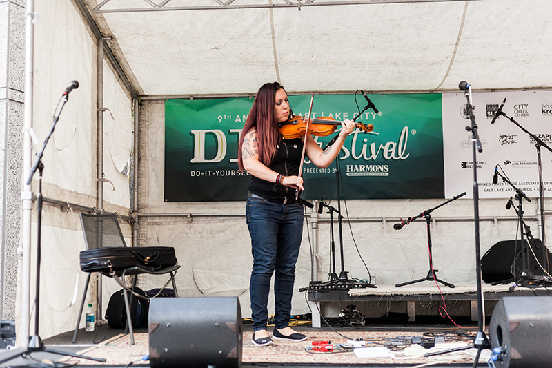 Katya Murafa dazzles with her beautifully intricate violin compositions. Photo: Chris Gariety