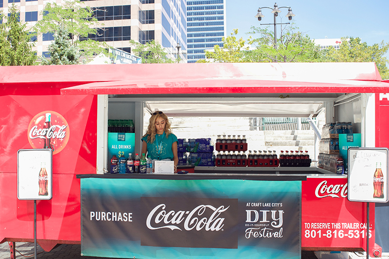 Kaitlyn Maestas and Coca Cola had your back during the hot summer days of the DIY Festival. @cezaryna