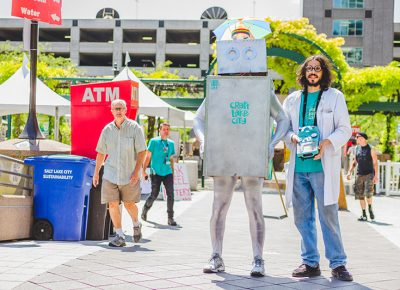 The mechanized CLC robot is controlled by his mad scientist overlord as they traverse the festival grounds. Photo: @taylnshererphoto