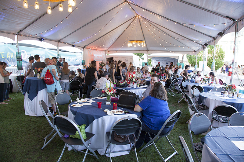 Inside the VIP area, patrons ate food freshly prepared by Harmons. Photo: @jbunds