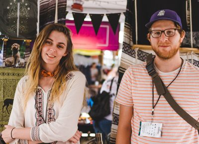 (L–R) Stevie Duston, of Stevie Duston Art and Tim Guthrie of & Made shared some booth space and friendly conversations with various festival fans. Photo: @taylnshererphoto