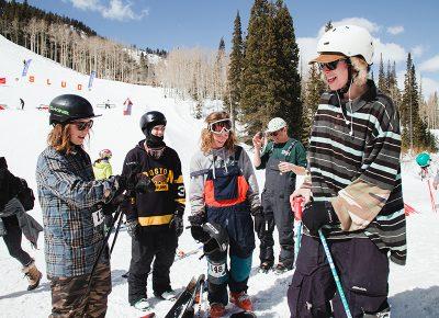 Skiing with friends. Photo: Matthew Hunter
