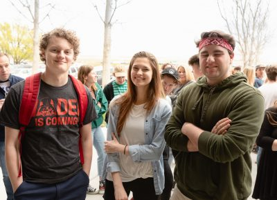 Matthew, Veronica and Harrison are at the front of the line, and probably have been waiting all day—super fans! Photo: Lmsorenson.net