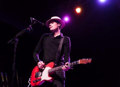 Jon Fratelli onstage in Salt Lake City. Photo: Lmsorenson.net