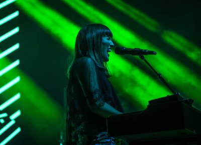 Oh Wonder's set was filled with great energy.