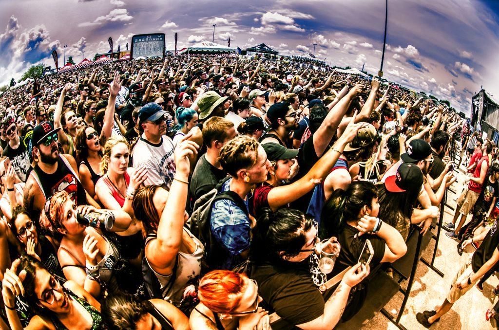 Crowdsurfing at Warped Tour '18