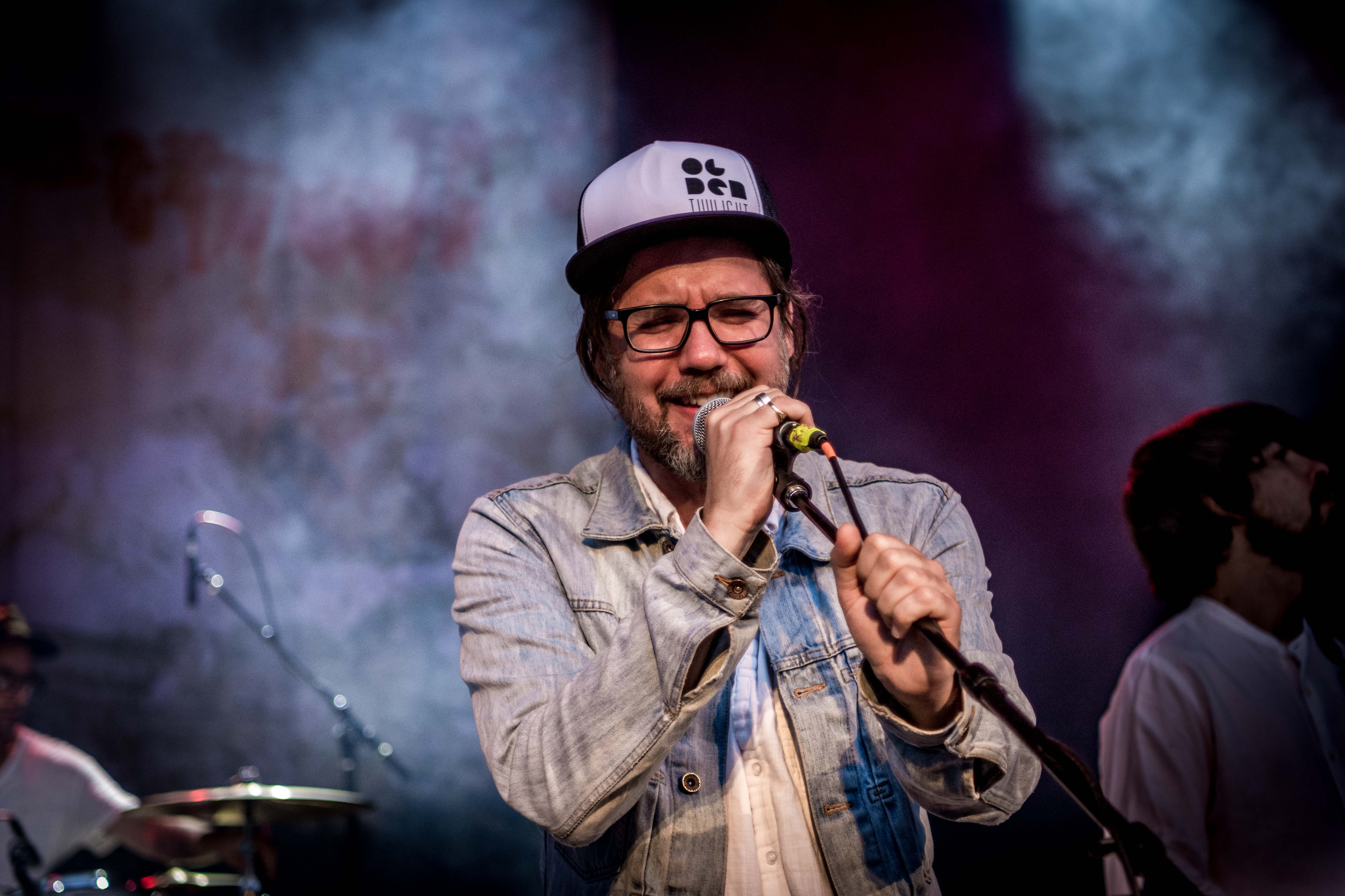 Kevin Drew, lead vocalist of Broken Social Scene.
