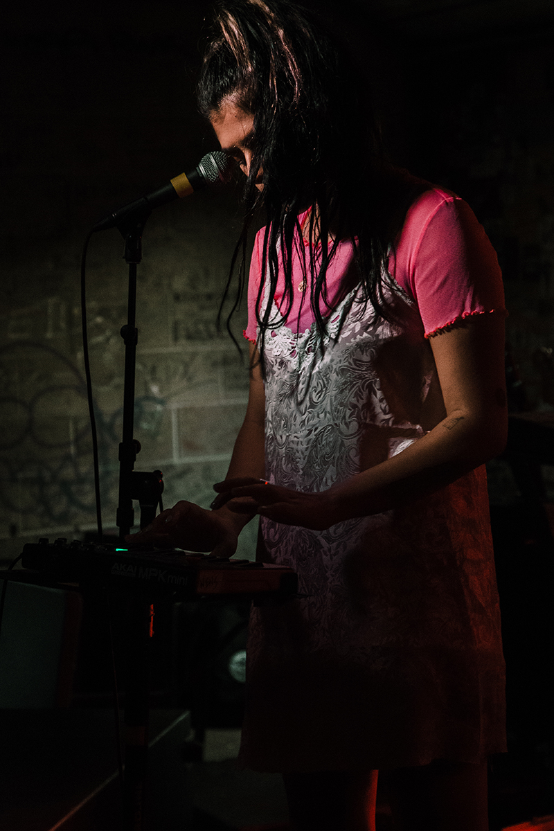 A multi-instrumentalist and frontwoman, Wens stepped away from the mic to lay down a synth line.