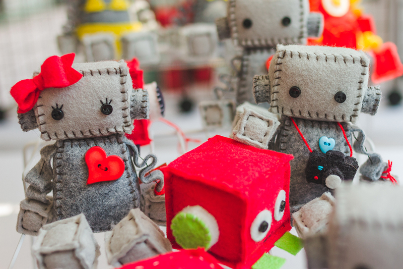 Handcrafted, felt robots!? I'll take three.