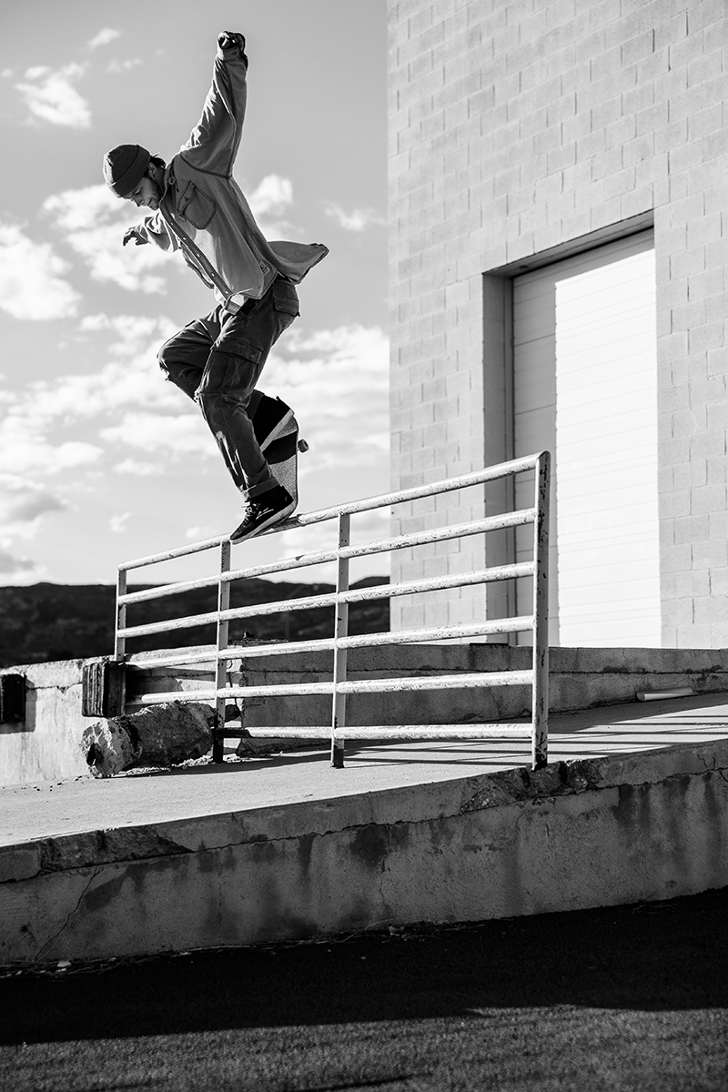 Shylio Sweat – Front Crook Pop Over – Richfield, Utah. Photo: Weston Colton