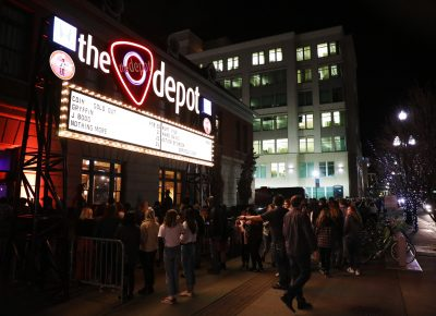 All the cold, eager people to get inside file into the Depot for the sold-out show. Photo: @Lmsorenson Photography