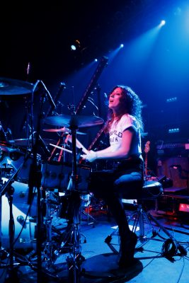 Jess, drummer for Tessa Violet on stage at The Depot. Photo: @Lmsorenson Photography