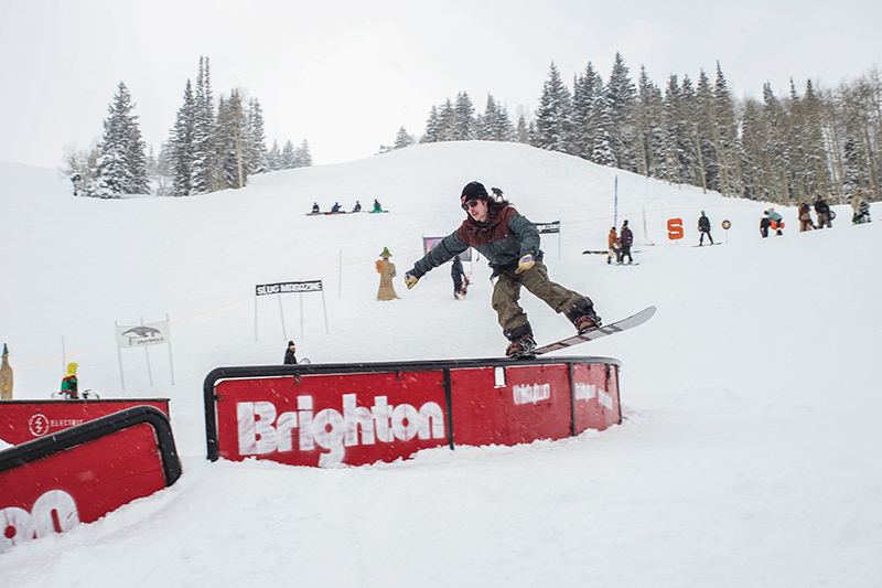 3rd Place Men's Open Snow – Evan Thomas, noseslide on the C-rail