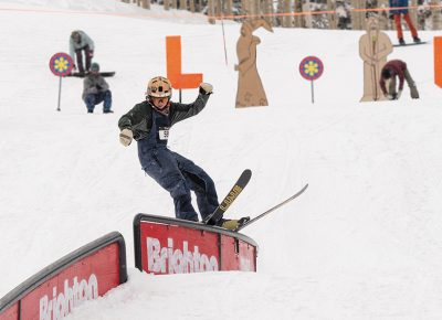 Men's 17 & Under Ski – Carter Wessman, railslide on the C-rail