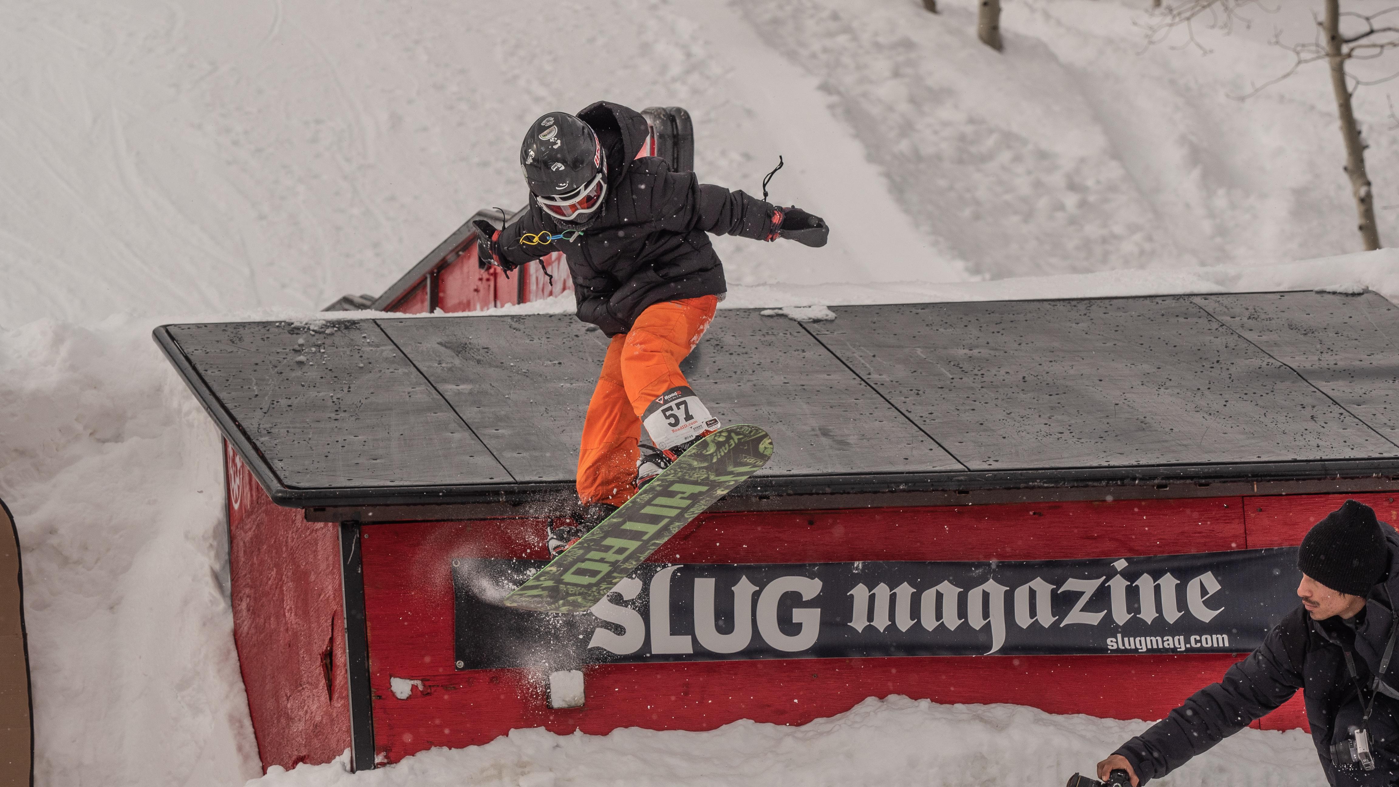 Ashton Davis during men's 17 and under snowboarding.