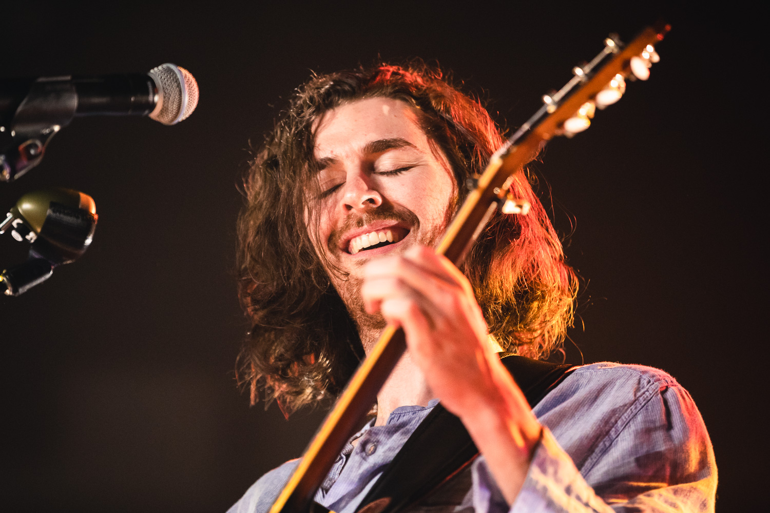Hozier living in every second of the music he's playing. Photo: @Lmsorenson